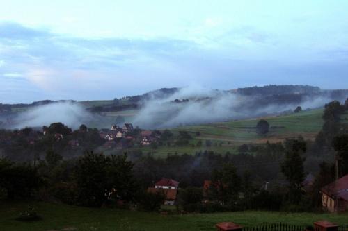 widoczek z tarasu :) #olszówka #mgła #góry #beskid