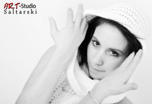 Corinna 20 lat w wydaniu High Key #Dziewczyna #HighKey #Naris #Studio