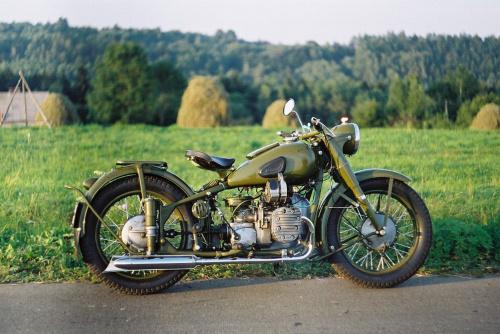M-72 1954r. #motocykle #ruiny #zabytki #zamki