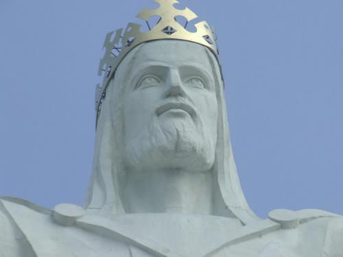#Jezus #JezusZeŚwiebodzina #pomnik #PomnikJezusa #Świebodzin #GłowaJezusa #korona
