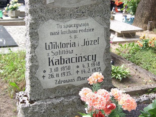 Cmentarz Trzemeszno