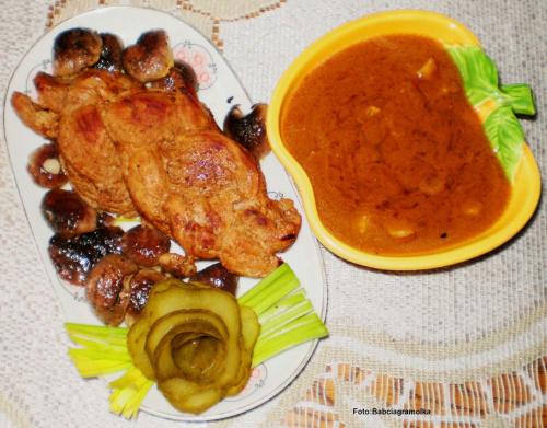 Warkocz z polędwicy wieprzowej w borowikach... Przepisy do zdjęć zawartych w albumie można odszukać na forum GarKulinar . Tu jest link http://garkulinar.jun.pl/index.php Zapraszam. #polędwica #borowiki #grzyby #wieprzowina #jedzenie #kulinaria