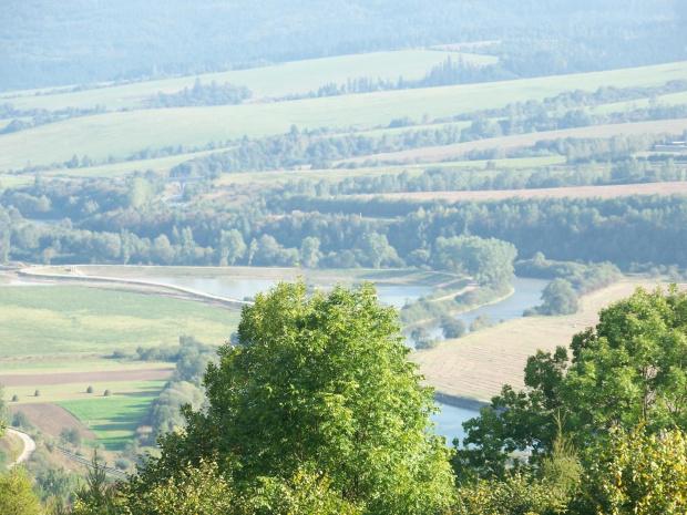 Widoczek #widok #dolina #drzewa #rzeka