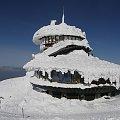 kiepsko.. #architektura #góry #karkonosze #katastrofa #śnieg #śnieżka #talerze #zima #żywioł